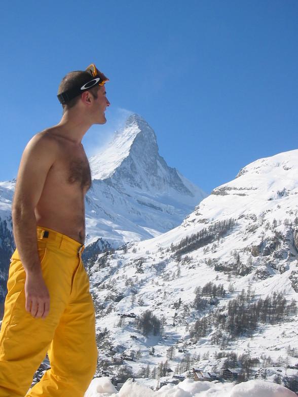 SNIFFING POWDER FROM MATTEHORN.....SNIFFFFF, Zermatt