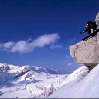 Snowboarding in lebanon, Cedars