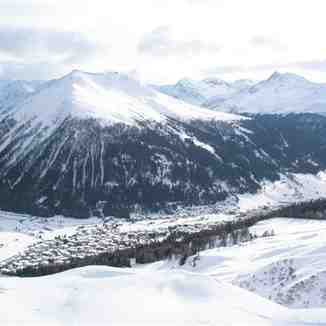 The view to Davos from Hohenweg on Parsenn