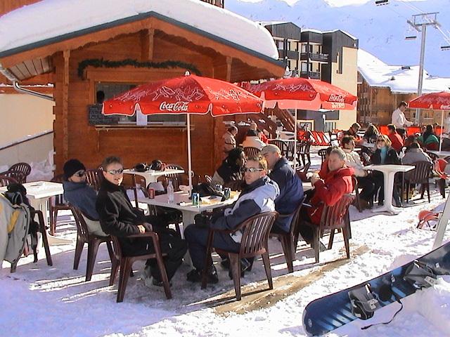 Hotel Le Val Thorens snow terrace
