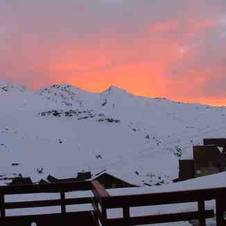 Red sky at night...., Val Thorens