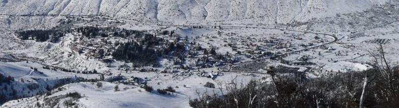 Panoramic view of villa Catedral, Cerro Catedral