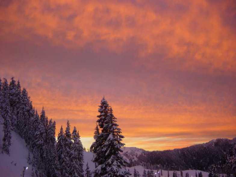 Hogsback Sunset, Stevens Pass