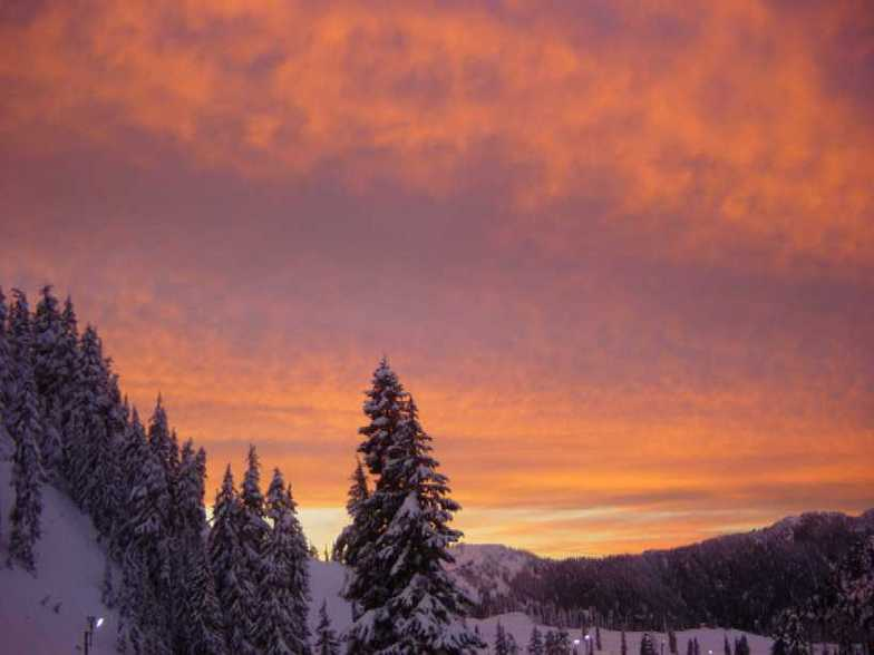 Hogsback Sunset, Stevens Pass