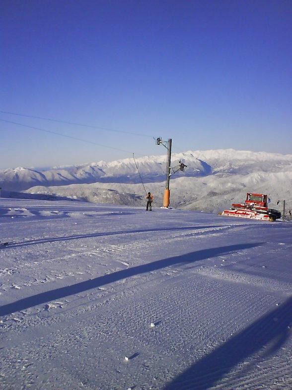 ski ratrak, Mount Parnassos