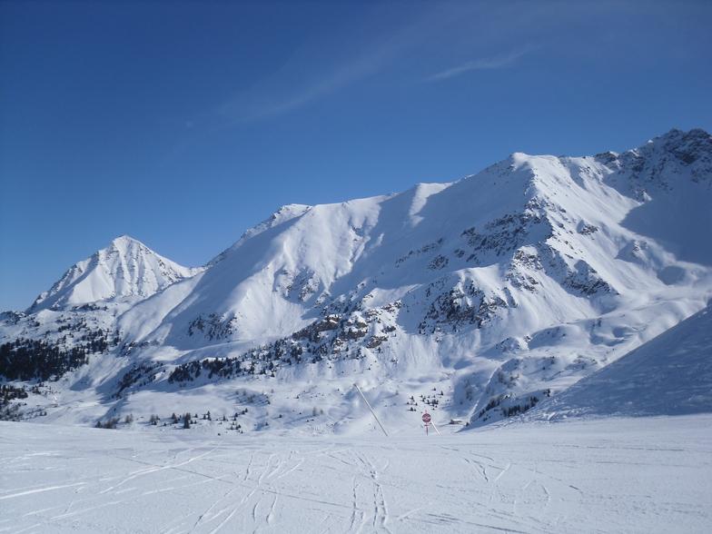 Pila snow
