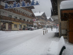 Chatel High Street photo