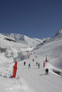 Blue run down to the ski car park - Bastan, Grand Tourmalet-Bareges/La Mongie photo