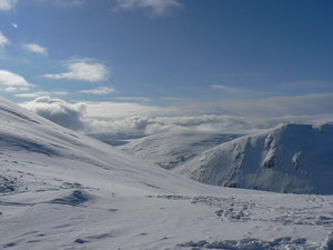 FAMILY OUTING, GREAT SNOW, BEAUTIFUL SUNSHINE., Glenshee photo