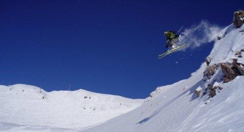Lenzerheide Ski Resort by: Michal  Kiss