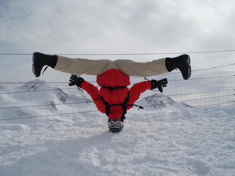Head Spin at 3440 metres, Pitztal Glacier