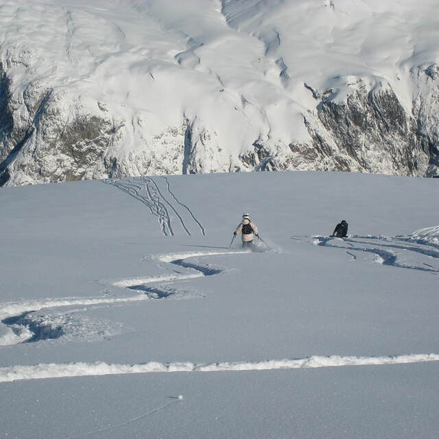 Harriet and Charlie Girose Glacier La Grave 2009, La Grave-La Meije