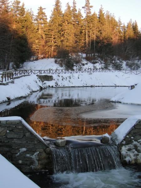 Small waterfall, Lailias