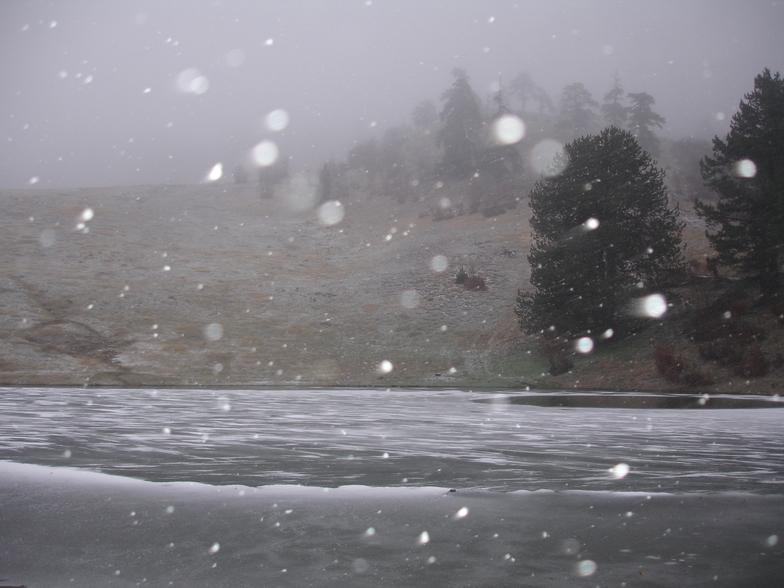 τα πρωτα χιονια, Vasilitsa