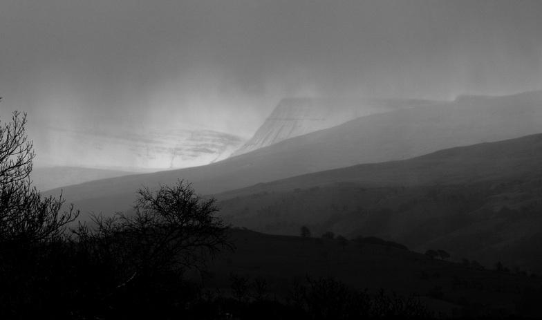 Black Mountain, Brecon Beacons - Easter 2008, Pen-y-Fan