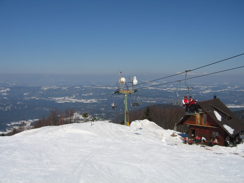 Javornik - Crni Vrh Ski Resort by: MARJAN CUK