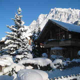 Ehrwald Snow: Ehrwald Village