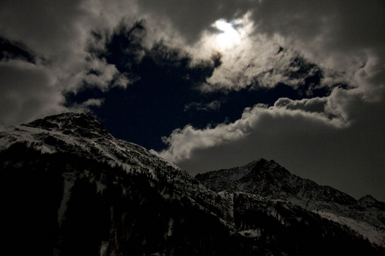 Arolla - moonlight in front of the Lac Bleu