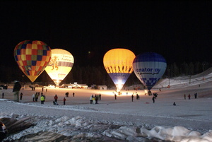 Dancing Balloons, Levi photo