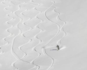 Arolla White lines photo
