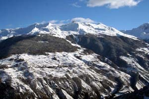 Thyon-Printze Ski Resort by: calvahead