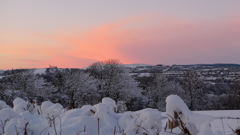 Snow over the south Wales valleys, Pen-y-Fan