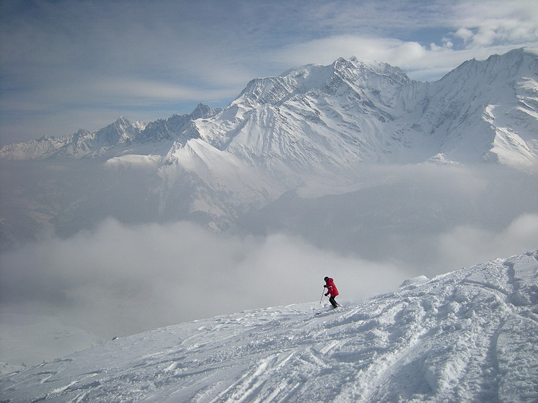 Saint Gervais snow
