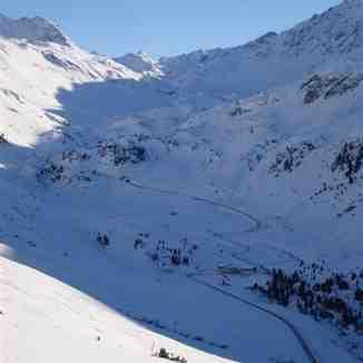 The road to the Fluela Pass, Davos