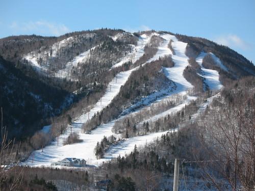 Ski Cape Smokey Ski Resort by: dfgg