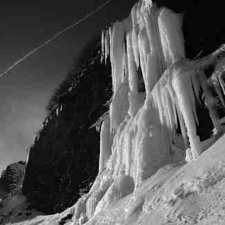 Ice waterfall in Avoriaz
