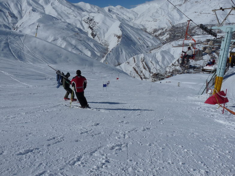 Ski competition in Shemshak