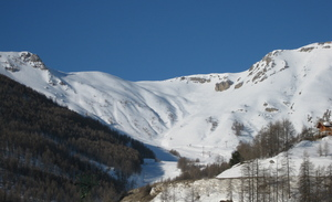 Auron in March photo