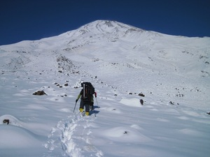 Mount Damavand-2011-1-13 photo
