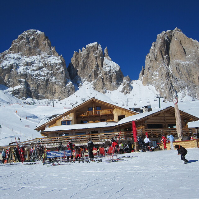 Around the Sellaronda., Val Gardena