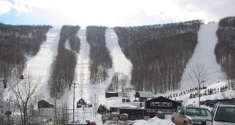 Ski Plattekill snow