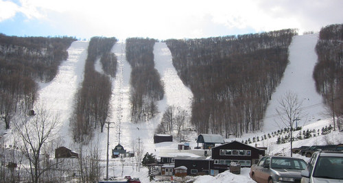Ski Plattekill Ski Resort by: John Tunis