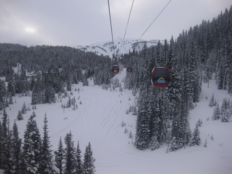 The lateral gondola up to Sunshine, Sunshine Village