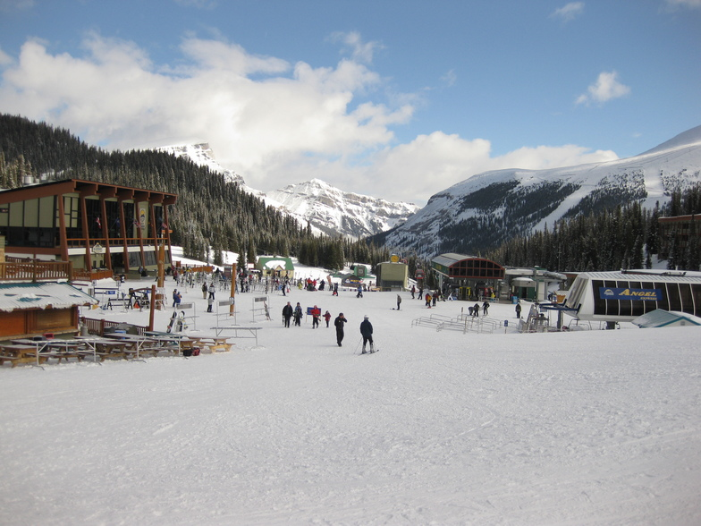The village, Sunshine Village