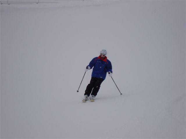 Susan skiing Furka, Davos