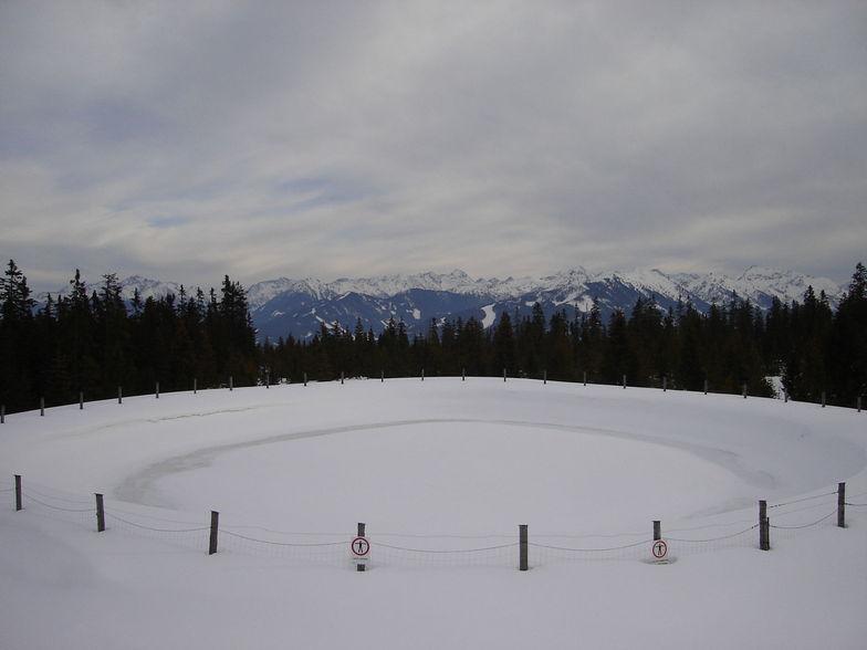 The 'Papageno Red' Ice Ring, Filzmoos Austria