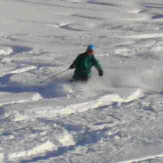 Aaron ripping Diretissima powder, Davos