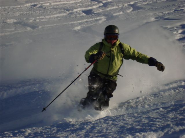 Haakon in knee deep powder on Diretissima, Davos
