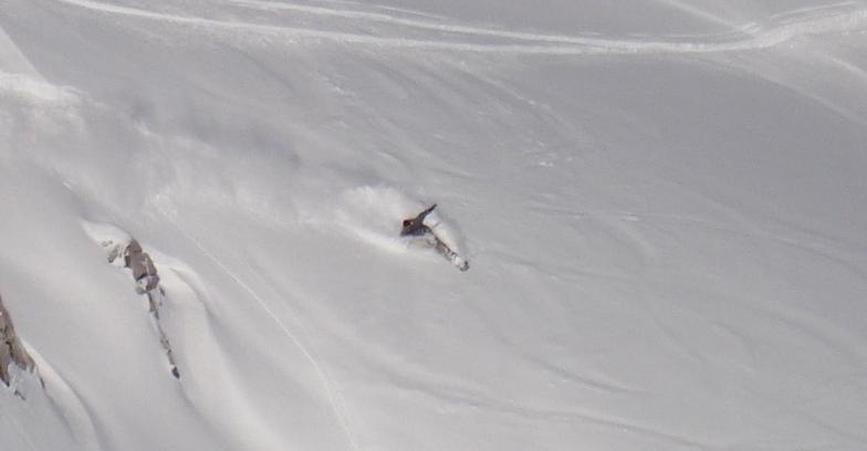 Brett tearing the Weissfluhgipfel apart, Davos