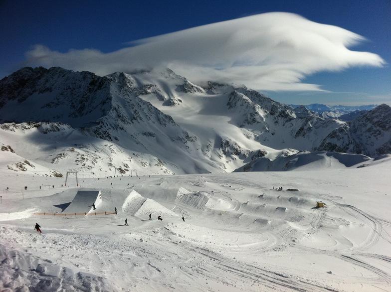 Snowpark at Stubai / Lenticular Clouds, Stubai Glacier