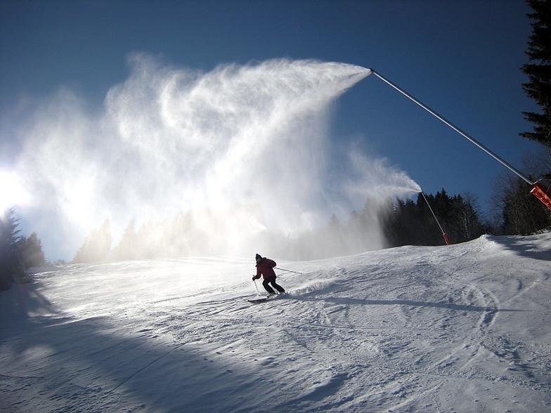 Snow cannon, Saint Gervais