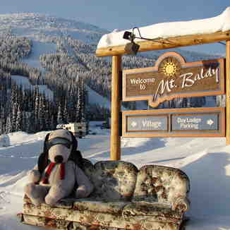 snoops says WOW POW not bow wow, Baldy Mountain Resort