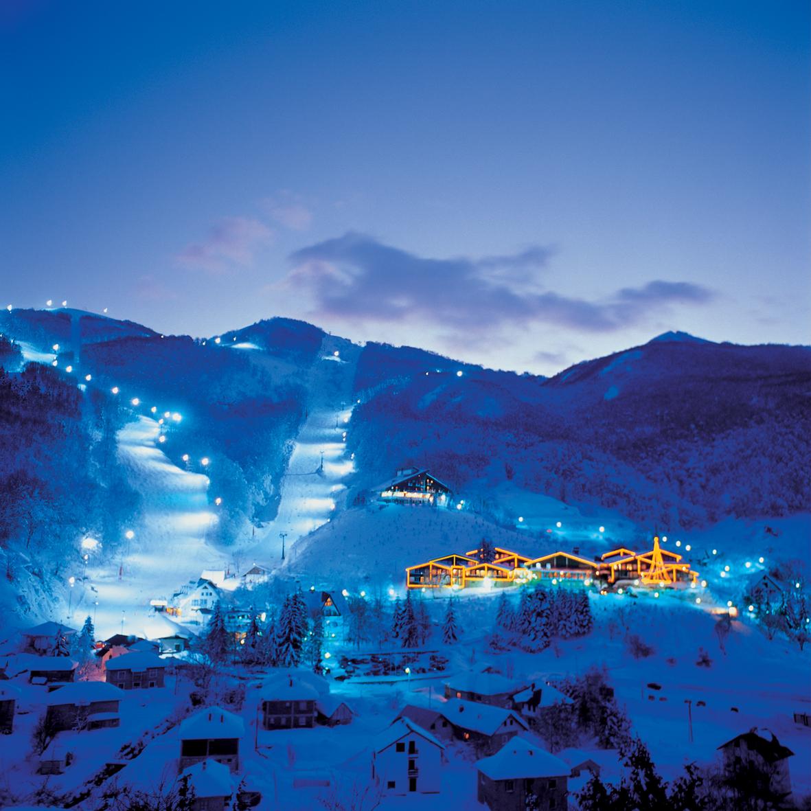 Night Skiing, Resort Mavrovo