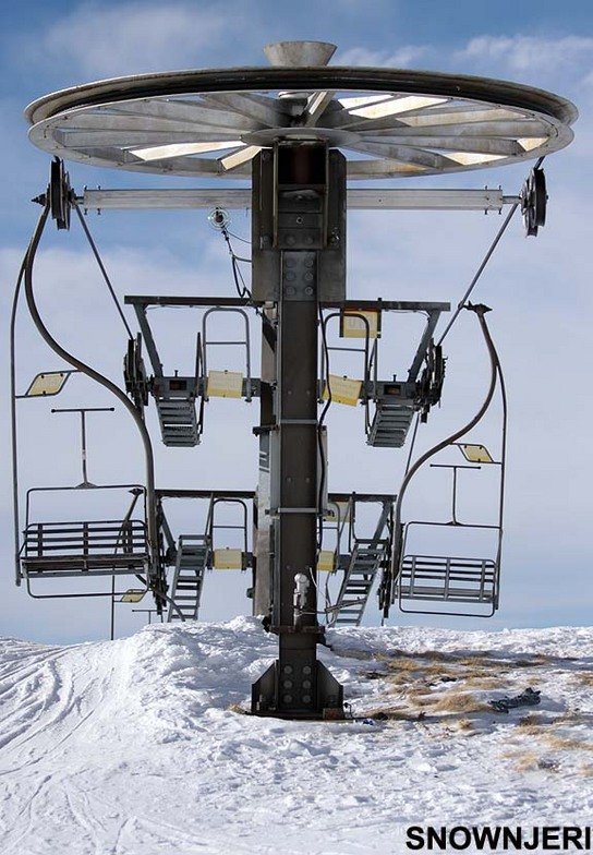 Classic lift from 1985 still works, Brezovica