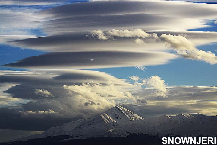 Smooth clouds above Brezovica
