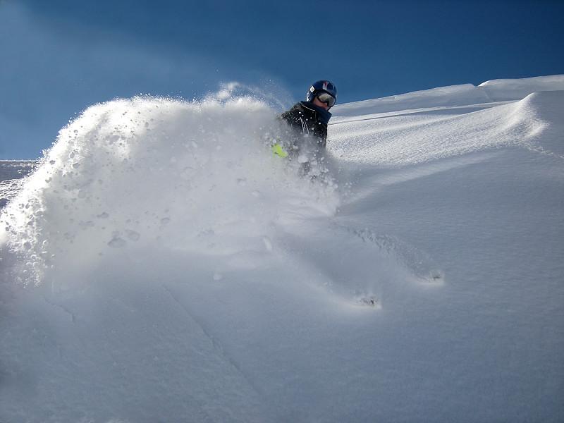 Early season powder, Saint Gervais